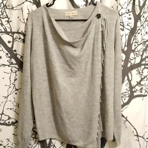 Knox Rose Grey Sweater size M